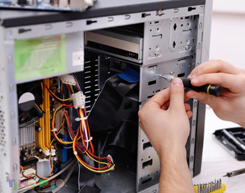 Computer drops happen. Your laptop may fall from a table or your desktop may be knocked over. We cannot plan for it, but our Dubai computer repair techs are ready to diagnose your damaged computer for free. You'll receive a cost-effective solution. Visit our website: https://ittech4all.com/computer-repairs/computer-hardware-repair-dubai/